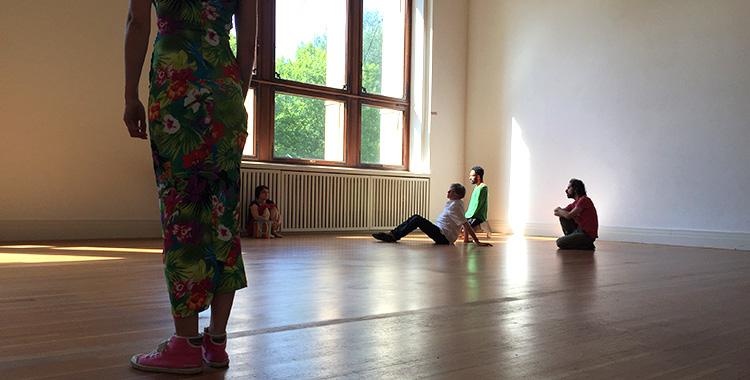 Tino Sehgal Martin Gropius Bau Berlin Kicks